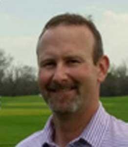 Derek Domaleski is a golf instructor